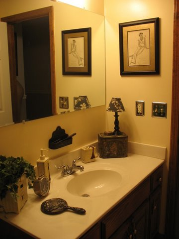 Lights bathroom mirrorschandelier swith home ideas for Teen girl bathroom ideas