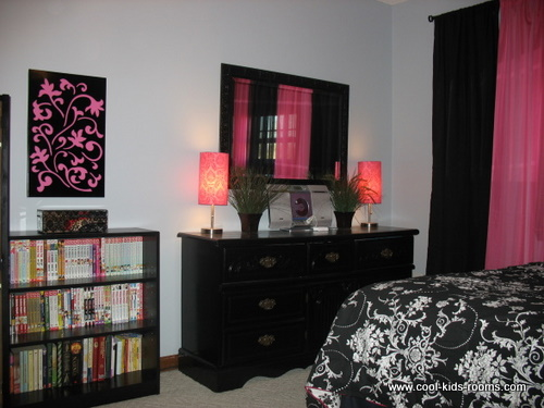 "The image ""http://www.cool-kids-rooms.com/images/C2-Modern-Girls-Bedroom-by-Tina-Seal-3.jpg"" cannot be displayed, because it contains errors."
