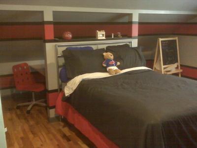 Atlanta falcons tween room for Rooms to go kids atlanta