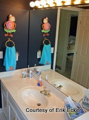 Beautiful Bathrooms for Babies and Toddlers, Bathroom by Erik Ecker, Paint colors for bathrooms, Decorating small bathrooms