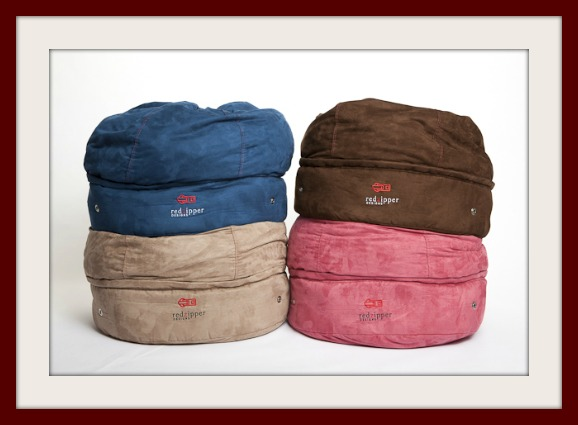 4 colors of storage pouf