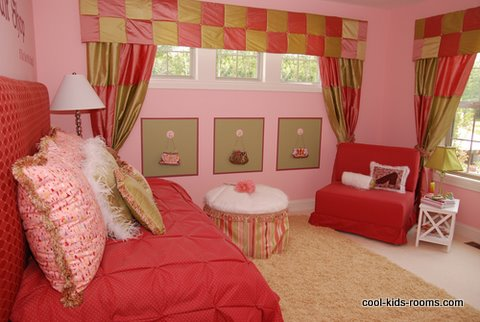 Funky pink bedroom for a girl