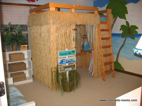 Tropical Theme Decorating - Hannah's Hut