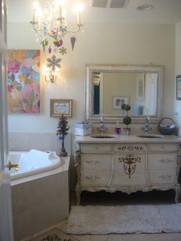 girls bathroom, luxury bathrooms, bathroom wall decor