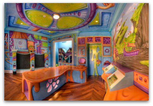 Candy factory kid's room décor