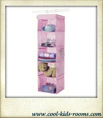 Hanging accessory shelves, closet organizer