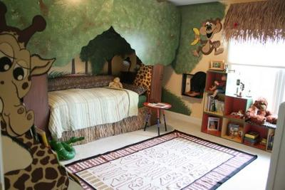 Jungle Themed Child Bedroom by Sandi Gaddes