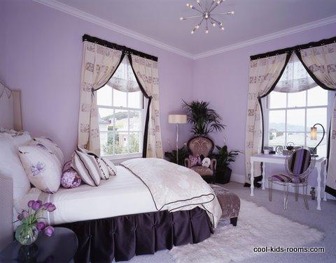 Girl's bedroom in Monochromatic color scheme