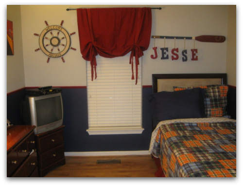 Nautical decorating ideas nautical wall decor for Boys nautical bedroom ideas