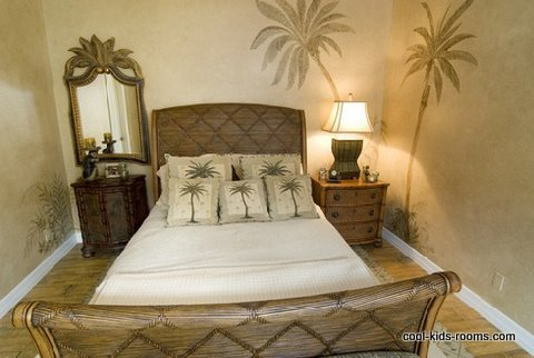 stencil wall murals, pulm tree stencils, tropical theme bedroom